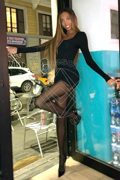 Naomi Closed MILANO 3457713495